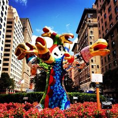 You never know what you'll encounter on a walk up #ParkAve. (By Niki de Saint Phalle)