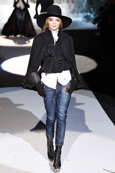 Dsquared2 Fall 2011 Ready-to-Wear Fashion Show - Snejana Onopka