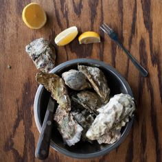 Fresh daily oysters in Jax Fish House in Kansas City