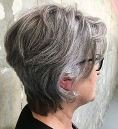 60 Gorgeous Gray Hair Styles - All About Hairstyles Short Silver Hair, Short Thin Hair, Silver Grey Hair, Short Grey Hair, Short Hair Cuts For Women, Short Hairstyles For Women, Mom Hairstyles, Gorgeous Hairstyles, Scene Hairstyles