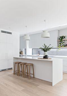 Tips for making sustainable kitchen modern 2019 45 - Home style, dekoration - Island Kitchen Ideas Home Decor Kitchen, New Kitchen, Home Kitchens, Kitchen Ideas, Kitchen Wood, Kitchen Trends, Kitchen Dining, Modern Kitchen Design, Interior Design Kitchen