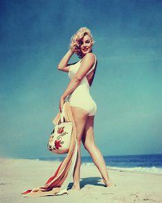 Monroe: Beach Babe