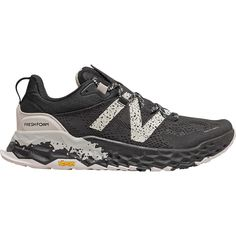 Men s new balance fresh foam hierro trail running shoe best running shoes for men know the type of shoes you can avail! New Balance Fresh Foam, New Balance Men, Best Running Shoes, Trail Running Shoes, Running Style, Running Gifts, Keep Shoes, Men Hiking, Yellow Shoes
