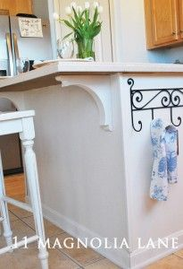 Easy way to redo a simple builder kitchen island from 11 Magnolia Lane.