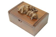 Handgefertigte Elefanten-Box  Teakholz  ca. 58 x 45 x 88 mm  Hergestellt in Thailand  #JOY #Einzelstücke #Teakholz #Box #Elefanten #handcrafted #handmade #handgefertigt #handgeschnitzt #elefant #elefante #elephant #elefanten #elefantenpaar #schatulle #jewelrybox #holzdeko #dekoration #decoration #holz #wood #pairofelephants #thailand #unikat #unique #einzelstück #oneofakind #uniquepieces #dekoliebe #dekoideen #deko #Geschenkartikel #Geschenk #gift #freudeschenken