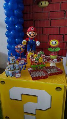 Super Mario Birthday, Mario Birthday Party, Super Mario Party, Birthday Party Tables, 6th Birthday Parties, Mario Y Luigi, Mario Kart, Nintendo Party, Video Game Party