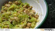 Žampionový salát s cibulí
