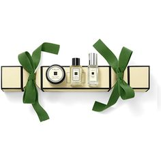 Jo Malone London Christmas Cracker ($47) ❤ liked on Polyvore featuring beauty products, bath & body products, jo malone and green beauty products