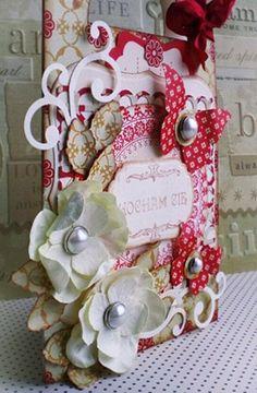 Oryginalna Walentynka. Zawieszka na drzwi z miłosnym wyznaniem wykonana z użyciem produktów Latarnia Morska: kwiatów, ćwieków, stempla, czerwonego tuszu.