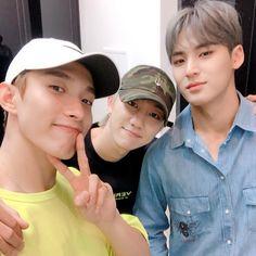 Woozi, Mingyu Wonwoo, Seungkwan, Vernon, How To Forget Someone, Seventeen Vlive, Hip Hop, Lines Wallpaper, Seventeen Wallpapers