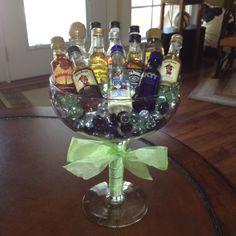 53 ideas birthday presents for best friend alcohol turning 21 for 2019 21st Birthday Gifts, Birthday Gifts For Best Friend, Best Friend Gifts, 21 Birthday, Birthday Basket, Birthday Presents, Alcohol Bouquet, Liquor Bouquet, Liquor Gift Baskets