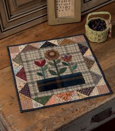 A Prairie Journey - Small Quilts That Celebrate the Pioneer Spirit - quilting little quilts wedding wedding flowes Small Quilt Projects, Quilting Projects, Sewing Projects, Small Quilts, Mini Quilts, Mini Quilt Patterns, Signature Quilts, Primitive Quilts, Flower Quilts