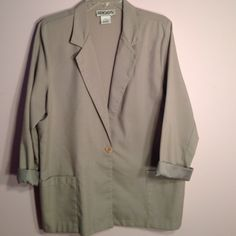 Light beige one button blazer Sleeves can be worn down or cuffed to 3/4 length.  Khaki color. Size 14P Briggs Jackets & Coats Blazers
