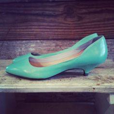 Lovely kitten heels