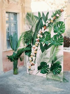 A dreamy Belle Epoque Inspired Wedding at an old captain's house in Greece. Tropical and colourful wedding altar<br> A dreamy Belle Epoque Inspired Wedding at an old captain's house in Greece. Belle Epoque, Bridal Shower Decorations, Wedding Decorations, Decor Wedding, Tropical Party Decorations, Wedding Ideas, Wedding House, Wedding Inspiration, Wall Decorations