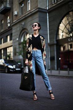 Aprende a resaltar tu silueta a través de los detalles correctos. Especial mujeres delgadas. Fashion tips by Icon. Asesoría de imagen personal Medellín.