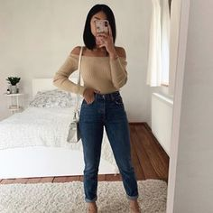 Fall Outfit Ideas: How to Look Stylish in the Cold Season!When you start to feel the cold of the nights, it's time to get ready for the cold days, to take Cute Fall Outfits, Casual Winter Outfits, Simple Outfits, Outfits For Teens, Stylish Outfits, Spring Outfits, Day To Night Outfits, Everyday Outfits, Winter Fashion Outfits