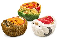 Watch Snack bowls in the shape of Star Wars creatures and have snacks with the beasts. The Star Wars Snack Bowls come in your choice of Chewbacca Decoration Star Wars, Star Wars Decor, Chewbacca, Star Wars Kitchen, Best White Elephant Gifts, Snack Bowls, Star Wars Party, Geek Gifts, Boy Gifts