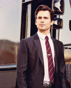 Matt Bomer could be a potential Henry Cavil stand in for the Man of Steel :)