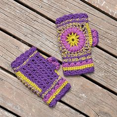 "Ravelry: Mittens ""Wheel of Fortune"" pattern by Anne Rousseau ($3.95)"