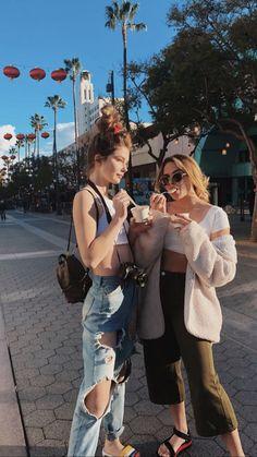 ellie thumann & summer mckeen - All About Best Friend Pictures, Friend Photos, Summer Mckeen Instagram, Oversized Denim Jacket, Daddys Girl, Best Friends Forever, Winter Coats Women, Girl Gang, All Fashion