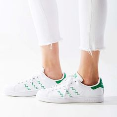 bf83df65d0f84b 8 Celebs Who Are Just as Stylish as Kendall and Gigi. Stan Smith  SneakersKendall Jenner Gigi HadidAdidas ...