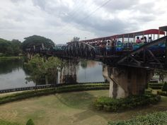 River Kwai - paying respects to those who lost their lives