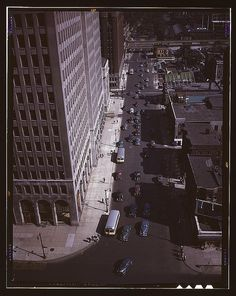 Traffic at 5:30 on Second Avenue, Detroit, Mich. (LOC) by The Library of Congress, via Flickr