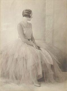 Eva Barret | Portrait of a young woman, Rome | 1931