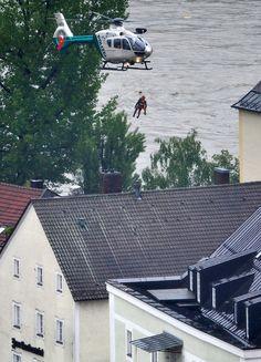 Flooding in Europe (updated) Danube River, Central Europe, Juni, Big Picture, Czech Republic, Hungary, Austria, Underwater, Boston