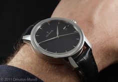 Zeitwinkel Galvanic black Horological Meandering - Zeitwinkel - Fine watchmaking with a sustainable touch! Picture by Ornatus-Mundi Sustainability, Smart Watch, Touch, Pure Products, Black, Smartwatch, Black People, Sustainable Development