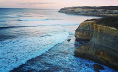 Every turn has a view  #seeaustralia #portcampbell #greatoceanroad #visualsoflife #seevictoria #sealove #coastline #waves #skyline #naturesbeauty #victoria #roadtrip #holidaylove #pretty #views #cliff #dusk #instagramdaily #chasingemotions #oceanview #shotoftheday by becjr