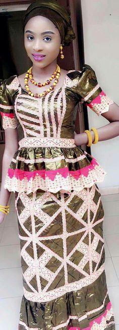 Malian Fashion bazin #Malifashion #bazin #malianwomenarebeautiful #dimancheabamako #mussoro #malianwedding #bazinriche #malianbride #lesmaliennesontbelles