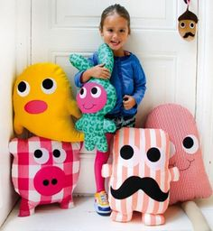 Ideas for diy baby toys ideas children Funny Pillows, Cute Pillows, Diy Pillows, Pillows For Kids, Sewing Pillows, Colorful Pillows, Sewing Toys, Sewing Crafts, Sewing Projects