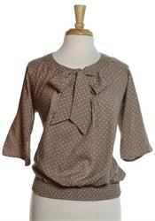 Super cute shirt! Paired with a skirt and it perfect!