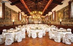 http://www.lemienozze.it/operatori-matrimonio/luoghi_per_il_ricevimento/villa-per-matrimonio-roma/media Sala allestita per il ricevimento di nozze
