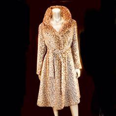 Vintage Chic Fashion, Sunglasses Accessories, Fashion Accessories, Vintage Classics, Dresses With Sleeves, Costumes, Purses, Long Sleeve, Handbags