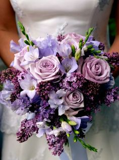 5 Ideas For a Romantic Wedding Decoration: Peonies Wedding Bouquet. Read more: http://memorablewedding.blogspot.com/2014/04/5-ideas-for-romantic-wedding-decoration.html