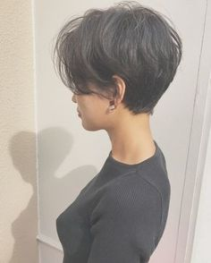 Today we have the most stylish 86 Cute Short Pixie Haircuts. We claim that you have never seen such elegant and eye-catching short hairstyles before. Pixie haircut, of course, offers a lot of options for the hair of the ladies'… Continue Reading → Tomboy Hairstyles, Hairstyles With Bangs, Pretty Hairstyles, Bangs Hairstyle, Long Pixie Hairstyles, Hair Bangs, Bandana Hairstyles, Short Pixie Haircuts, Trending Hairstyles