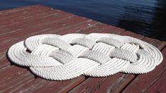 Nautical Cotton Bathmat, Navy blue bath rug or cream rope rug. Soft cotton bathmat, A Sailor's Nautical Bathmat. 30 by 19 inches Nautical Rugs, Nautical Theme, Diy Bath Mats, Rope Rug, Nautical Bathrooms, Navy Rug, Easy Diy, Simple Diy, Dyi
