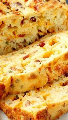 Bacon Jalapeno Popper Cheesy Bread