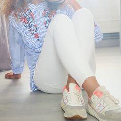 blouse, loavies, curly girl, girl, woman, cute, beautiful, curly hair, curls, wavy hair, style, stripes
