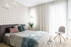 Sypialnia: styl , w kategorii Sypialnia zaprojektowany przez Saje Architekci Joanna Morkowska-Saj Ikea, Curtains, Bedroom, Chair, Furniture, Home Decor, Instagram, Bedrooms, Queen Bedroom