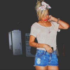 I love rihanna's style