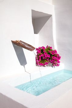 Torralbenc Hotel, in Menorca Spanish Exterior, Porch And Terrace, Mud House, Small Pool Design, Palmiers, Small Pools, Spanish House, Ponds Backyard, Old Farm