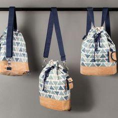 kostenlose Anleitung + Schnittmuster für einen wandelbaren Rucksack aus Korkstoff