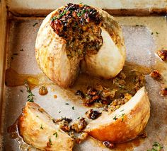 Whole baked celeriac with walnuts & blue cheese is a seasonal side that goes well with a roast. The soft celeriac, strong blue cheese and crunchy walnuts are a match made in heaven. Veggie Dishes, Veggie Recipes, Vegetarian Recipes, Vegetarian Dish, Veggie Meals, Savoury Recipes, Keto Recipes, Side Dishes, Salads