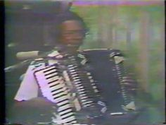 Clifton Chenier - Bon Ton Roulet - YouTube