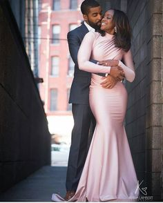 The Nigerian wedding page is dedicated to the style & class obsessed bride out there, offering fun & fantastic wedding ideas & inspirations on the latest wedding trends, DIY and more 💏💑👰💍💎💐🎂👫💄💇😘😍👌! Black Love Couples, Cute Couples, Mode Purple, Couple Photography, Wedding Photography, Engagement Photography, Wedding Poses, Wedding Dresses, Wedding Hijab