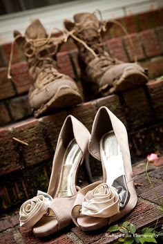 A simple but beautiful photograph; celebrating the men, women and spouses who so greatly serve our country! #militaryweddings